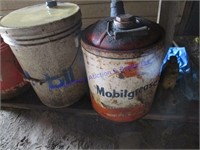 SKELLY & MOBIL CANS