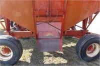 Unverferth 275bu Gravity Wagon
