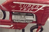 SUPER TRACTOR PEDAL TRACTOR