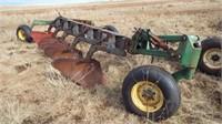 John Deere 3600 , 5 bottom 18'' mold board plow