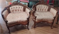 911 - MATCHING PAIR OF ELEGANT ACCENT CHAIRS