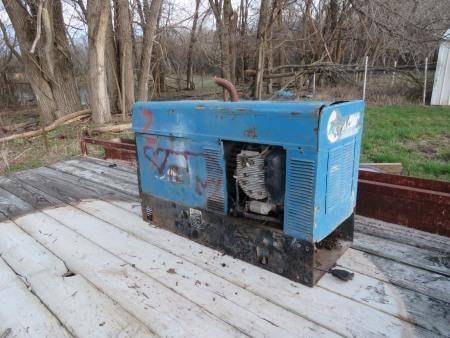 Miller Bobcat 225 Welder