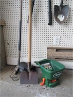 Garden Tools / Outils de jardinage - 20 items