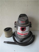Shop Vac 5 gal / Aspirateur 5 gallon