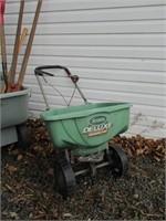 Cart, Seeder, Tools / Chariot, semoir, outils
