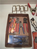 Clamps, Wire Strippers, Grips / Serre-joint, étaux