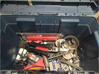Lot of Tools and Tool Box / Lot outils et coffre