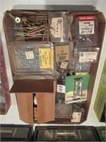 Lot of Hardware / Lot de quicaillerie