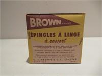 """Clothes Pins / Épingles à linge """"Brown, Danville"""""""