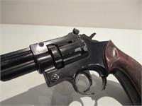 Crossman Air Pistol / Pistolet à air -model 38T