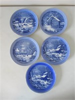 5 Collector Plates / Assiettes de collection