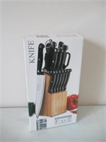 Knife Set / Ensemble de couteaux