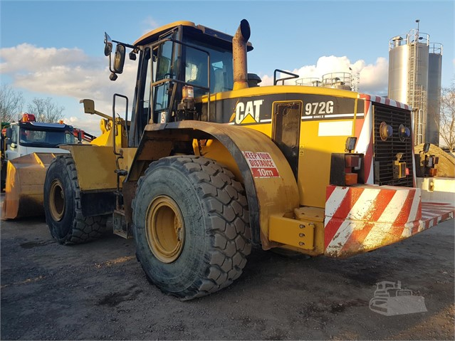 2005 CAT 972G II at www.glenvalleyplant.co.uk