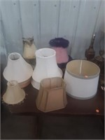 LARGE LOT OF LAMPS AND VARIOUS LAMP SHADES