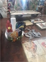 LOT OF ROOSTER KITCHEN ITEMS