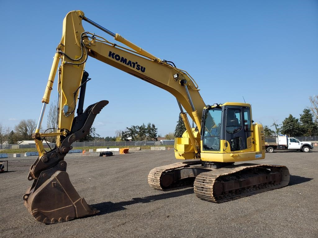 2011 Komatsu PC228USLC-8 Hydraulic Excavator