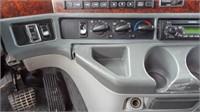 2001 Freightliner semi,