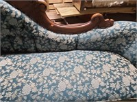 Pretty fainting couch wood back