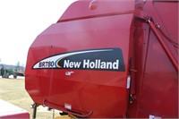 NEW HOLLAND BR780 ROUND BALER