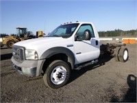 2005 Ford F550 4x4 11' S/A Cab & Chassis