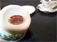 Saucers & Teacups, Mini (4)