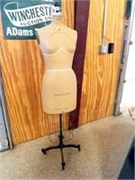 Palmenberg Cavanaugh Dress Form
