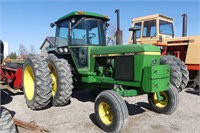 John Deere 4040 2WD with Cab and Axle Duals