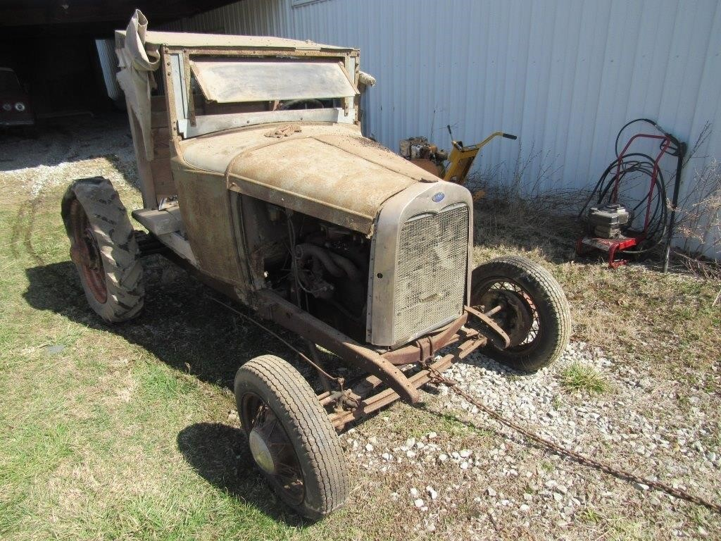 ford vehicle possible rat rod?
