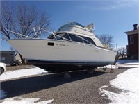 1979 31' SILVERTON BOAT AT AUCTION