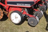 WHITE AGCO 6900 6/11 PLANTER