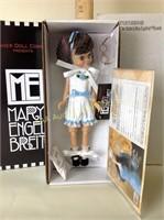 4/18 Dolls, Toys, Jewelry, Glassware, Ammo
