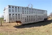 1999 Barrett 50' Cattle Trailer