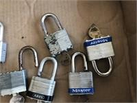 7 Pad Locks with Keys
