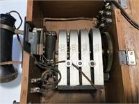 Kellogg Oak Crank Telephone