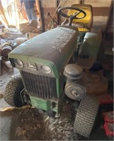 John Deere 140 Lawn Tractor with Deck