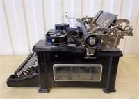 1925 ROYAL 10 Typewriter Serial X984201