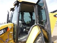 2017 Caterpillar 420F2 Loader Backhoe