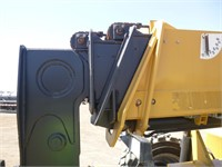 2015 Caterpillar TL1055C Telescopic Reach Lift