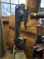 Belleville Vintage Equipment and Tool Online Auction