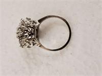 DIAMOND CLUSTER RING IN 14K