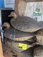 Victor Majestic Duck Decoys