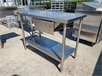 STAINLESS WORK TABLE W/ DRAWER
