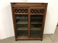 Beautiful Mission oak bookcase