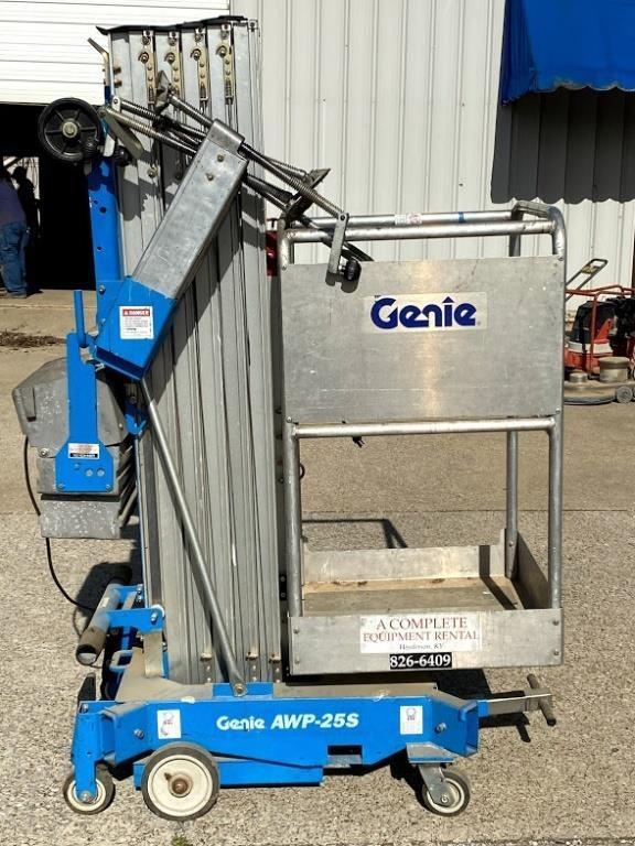 Genie AWP-25S Lift