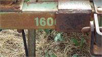 John Deere 1610 chisel with 2/3 harrow,