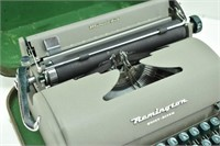 Vtg. REMINGTON Quiet-Riter Portable Typewriter