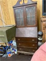 Estate Collectibles Auction