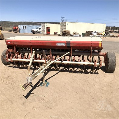 Melroe Grain Drills Auction Results 36 Listings Tractorhouse Com Page 1 Of 2