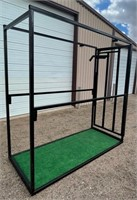 Lot 5021 - Livestock Blocking Chute.  Absentee bidding available on this item. Click catalog tab for more information & pictures.