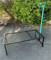 Lot 5022- Hmd Sheep/Goat Stand, new.  Absentee bidding available on this item. Click catalog tab for more information & pictures.